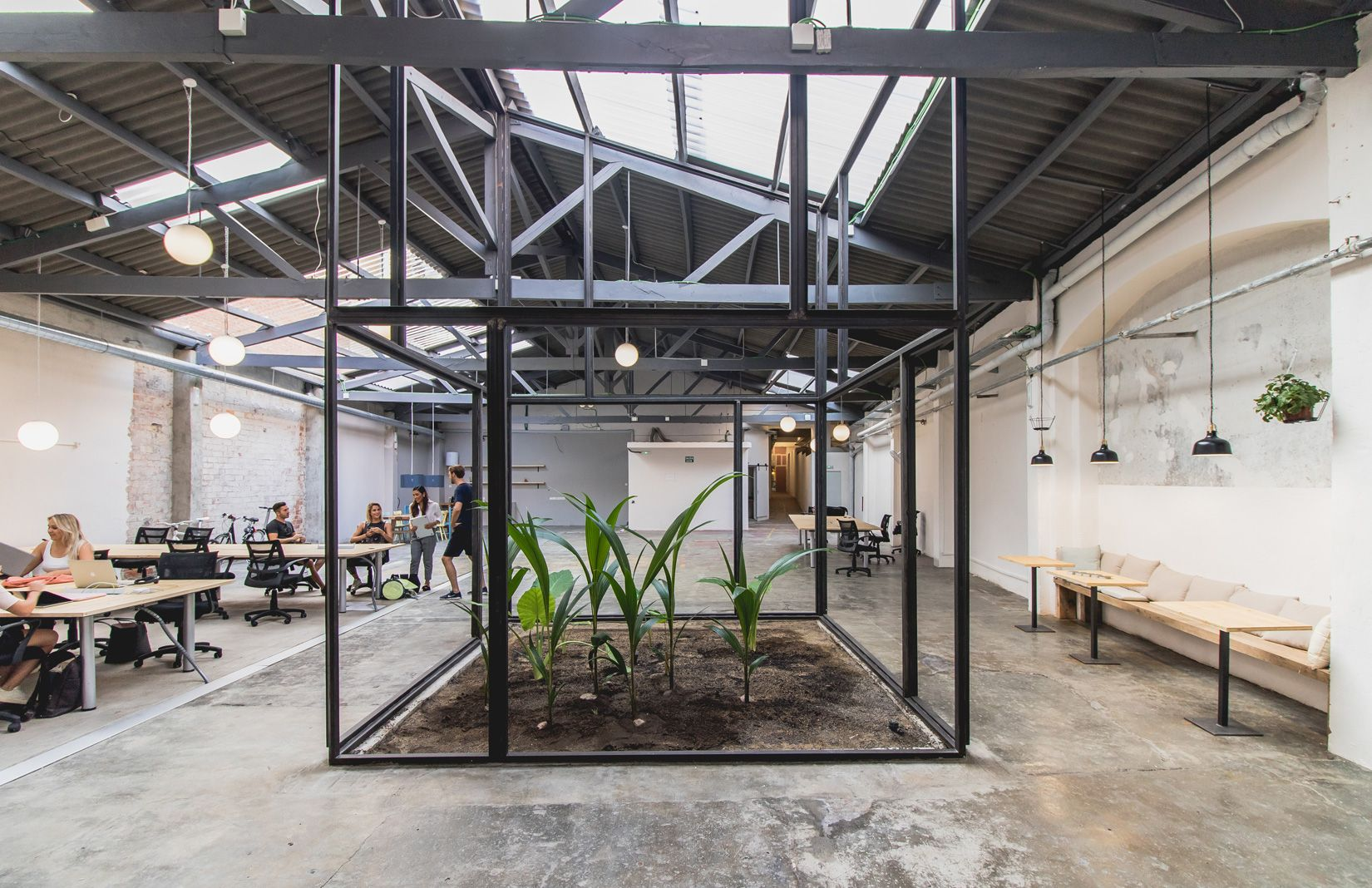 Defunct Barcelona Warehouse Becomes A Coworking Space The Spaces