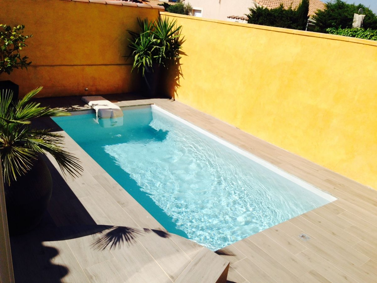 Photo Petite Piscine Polyester De 5m Photo D Une Piscine Coque