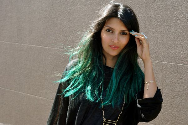 Dip dye blue hair green fotos