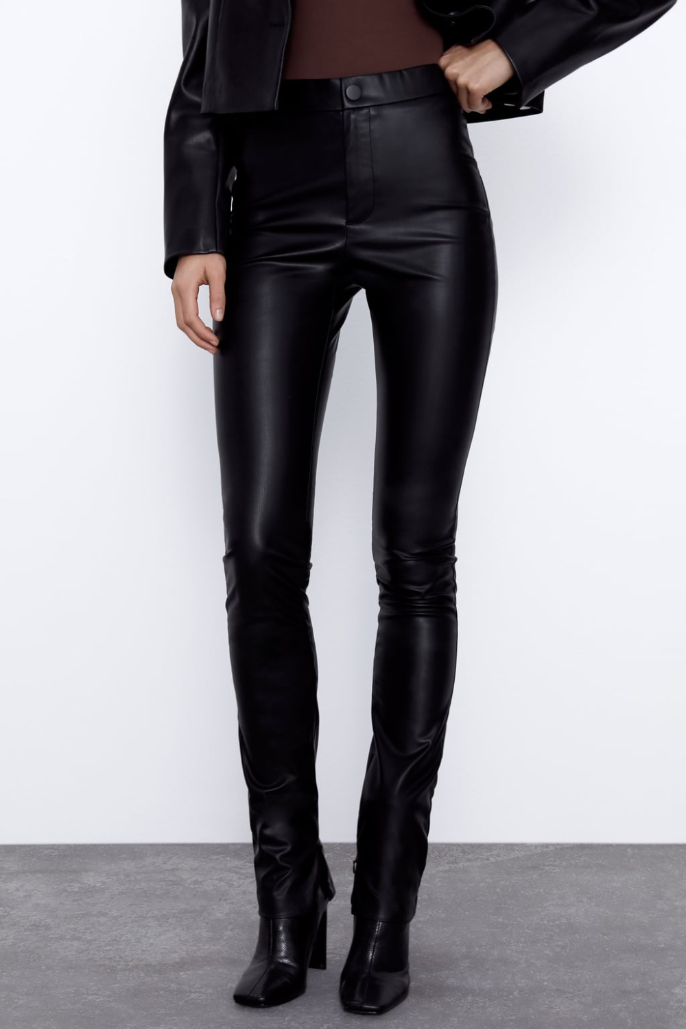 Extra Long Faux Leather Leggings Zara South Africa In 2020 Faux Leather Leggings Leather Leggings Leggings