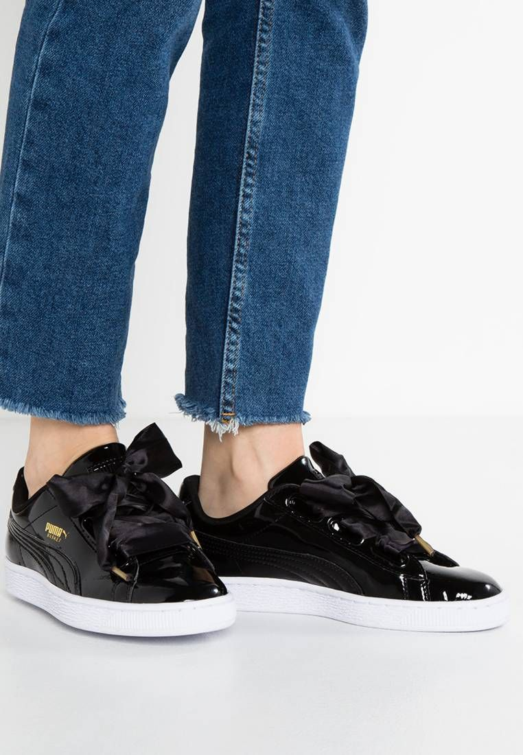Puma. BASKET HEART PATENT Baskets basses black. Semelle