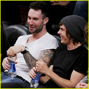Zac Efron & Adam Levine: Lakers Laughs - Wow doesn't get any better then this!!!