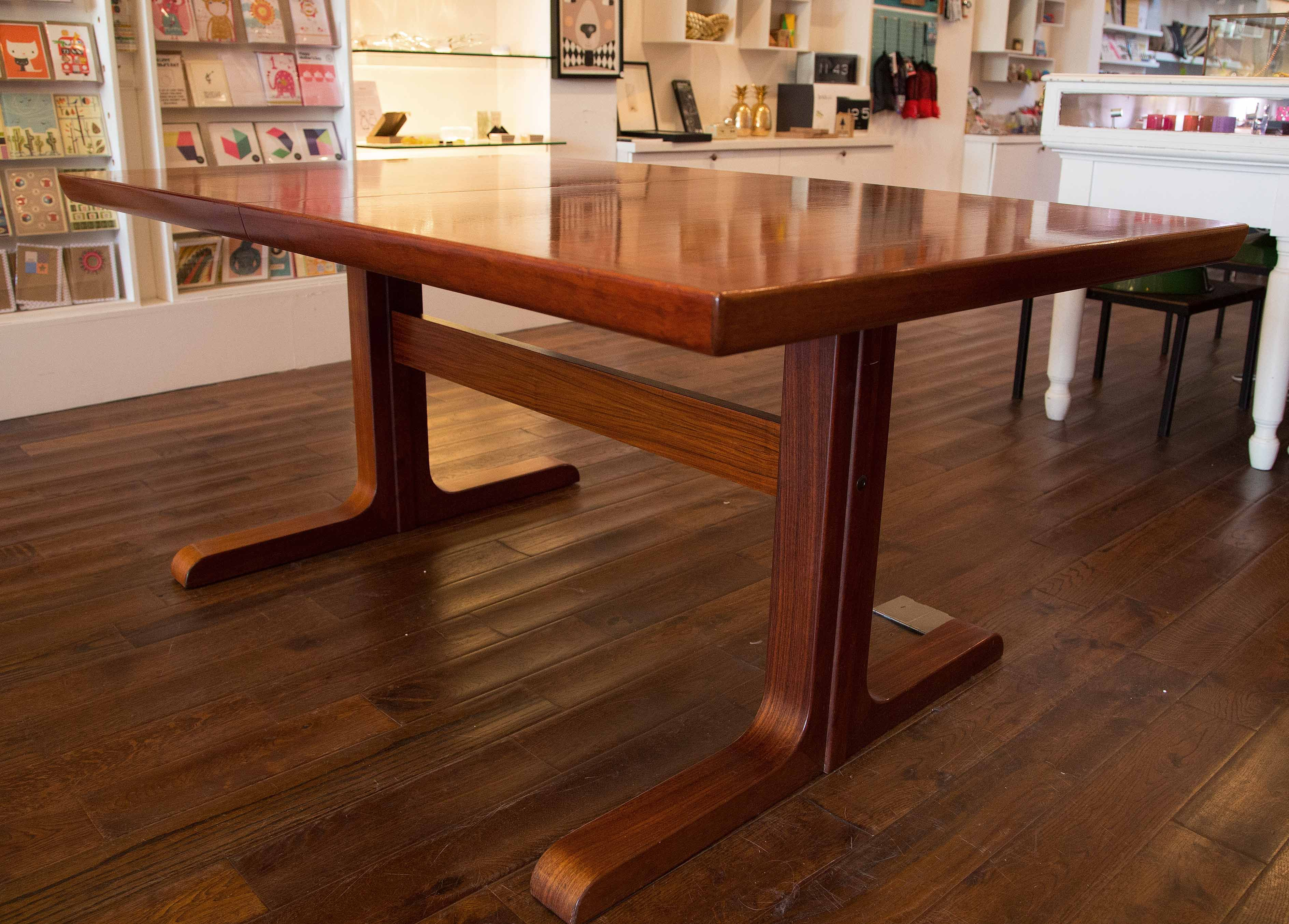 Beautiful Vintage Midcentury Danish Skovby Mobelfabrik Brazilian Rosewood  Dining Table With Two Extension Leaves Which Sit