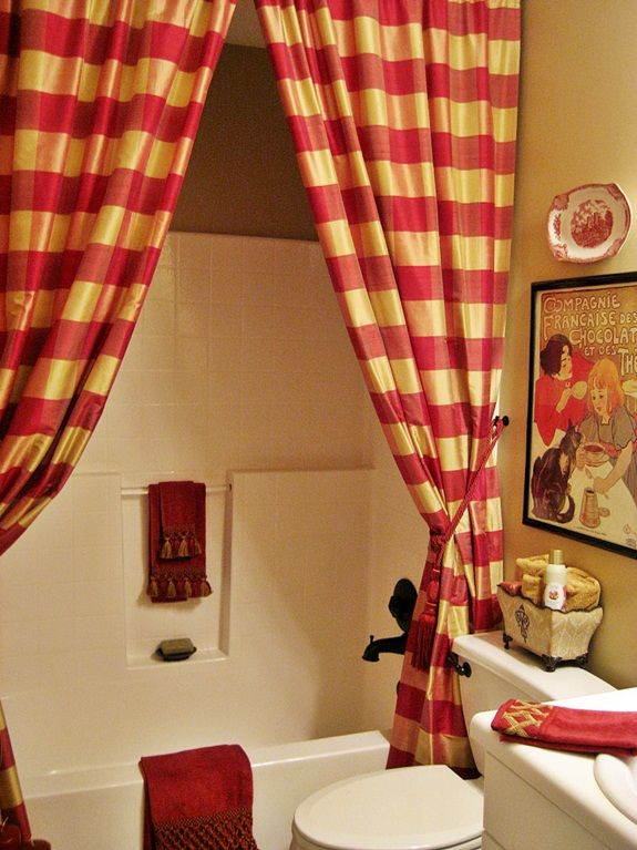 Awesome My French Country Guest Bath...with A Surprising Shower Curtain!