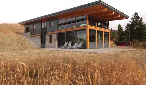 Compact Sustainable Cabin In Washington Partially Buried Into The Hillside Country House Design Modern Farmhouse Exterior Building A Container Home