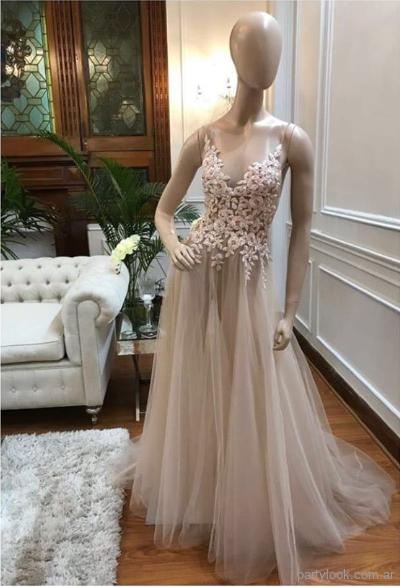 fb7fbffff Claudia Arce - anticipo coleccion primavera verano 2019 - alta cosura