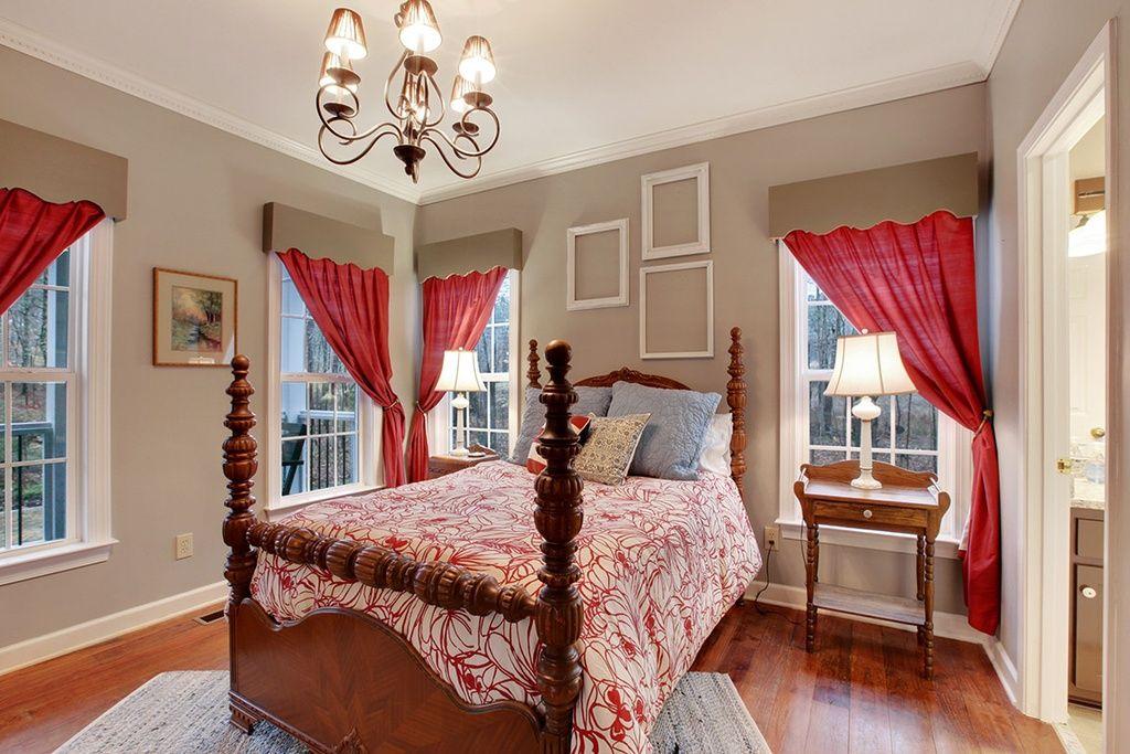 Guest Bedroom Americana