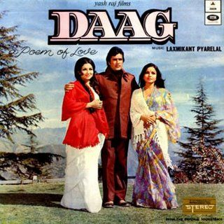 Daag Is One Of The Biggest Hit Of Late Superstar Rajesh Khanna It Shows How Rajesh Khanna Has Divide Hindi Movies Online Bollywood Movies Online Hindi Movies