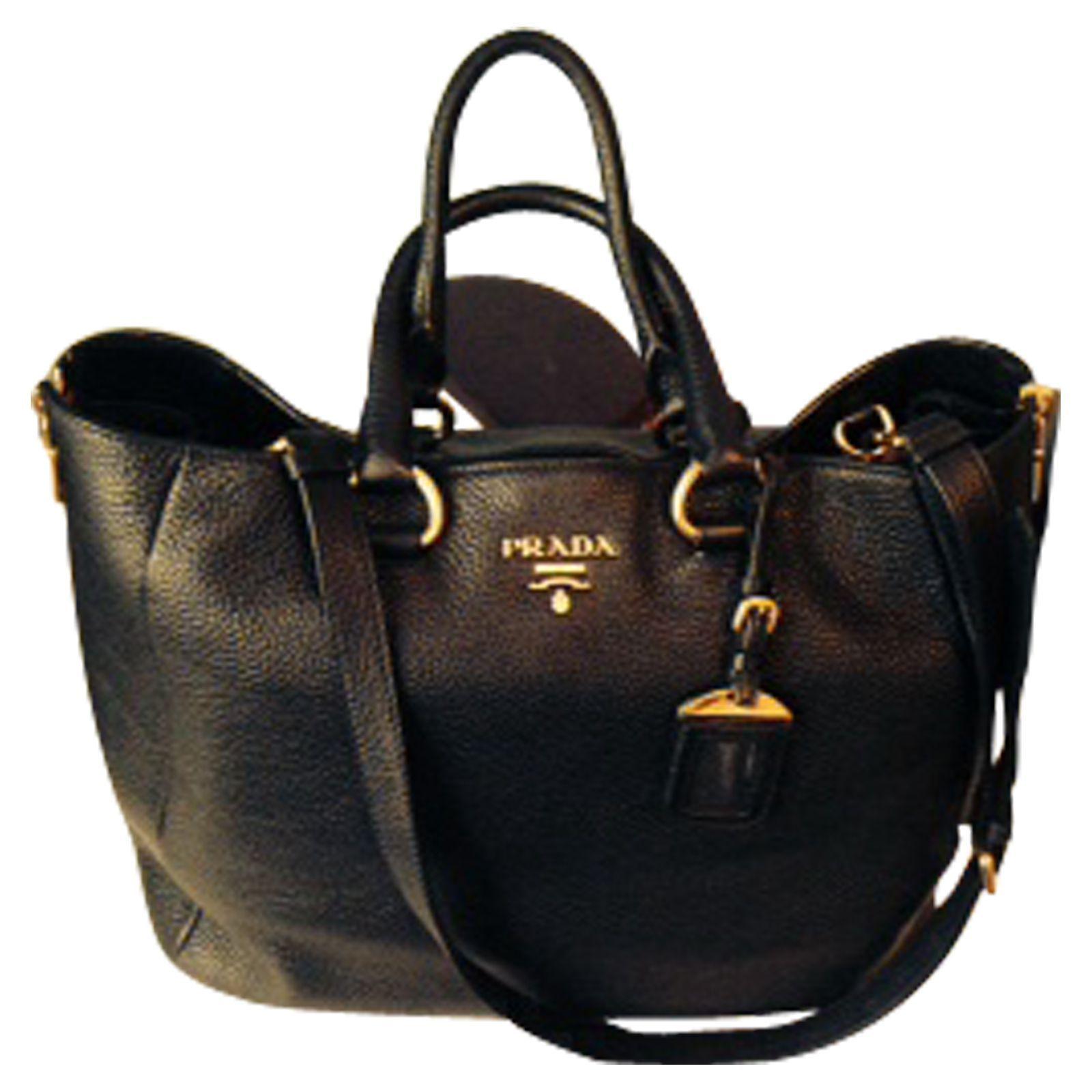Borsa bella Prada Condizioni pari al nuovo, in pelle nera con chiusura a  zip oro, con lunga tracolla extra e maniglia superiore, morbida pelle di  agnello 40fb3fe903