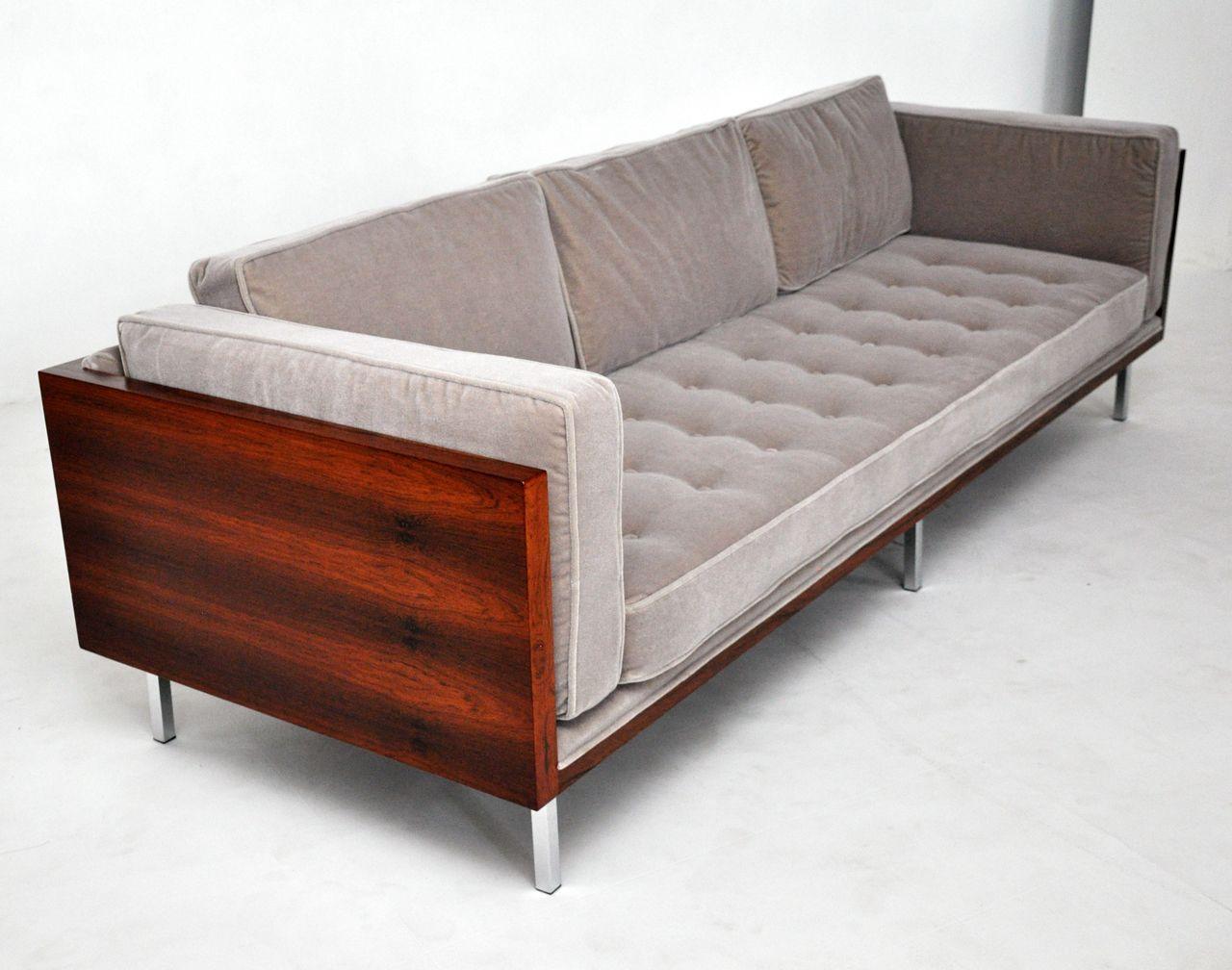 Pin by Lynn Gustafson on Mid Century Modern in 2019 | Sofa ...
