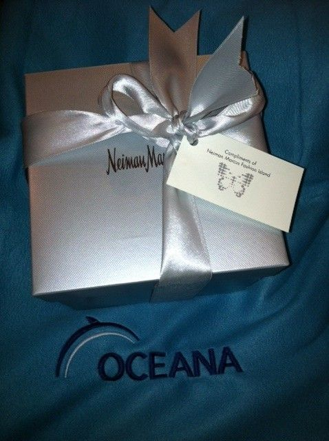 neiman marcus gift box - Google Search | Gift Boxes | Pinterest ...
