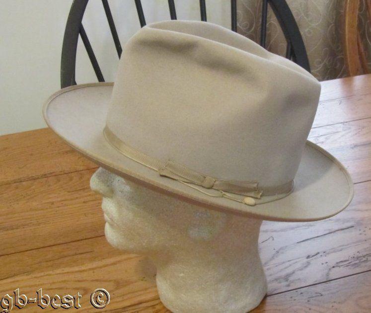 3c72658ac563f Vintage Men s Fedora STETSON Hat Royal De Luxe OPEN ROAD 7 1 4 Beige   Stetson  Fedora