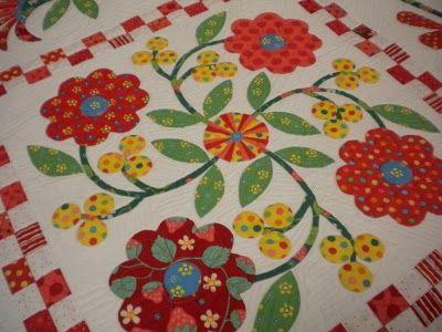Dreamy Applique Quilt - Aunt Millie's Flower Garden