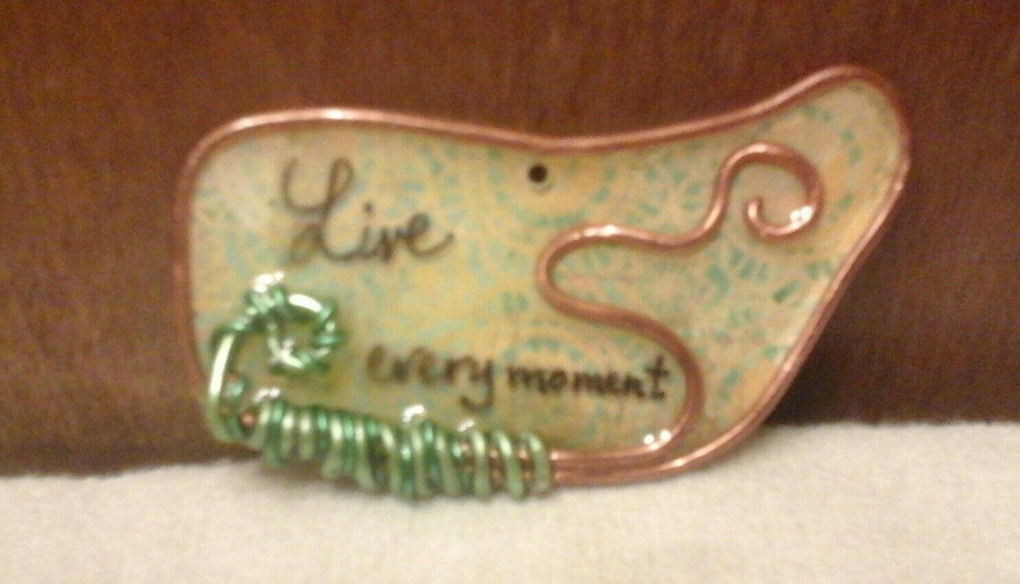 Live... resin tag