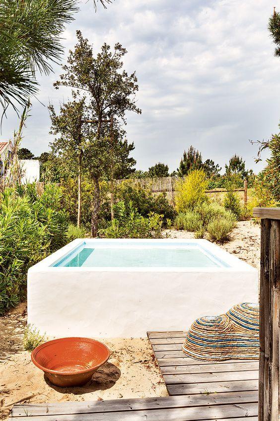10 piscinas para jardines y terrazas peque as mini for Mini albercas