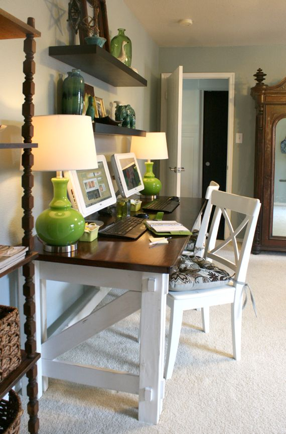 Cassity of Remodelaholic recently revamped her home office. We love how she's accessorized  the space! http://www.remodelaholic.com/2011/11/computer-desk-reveal/