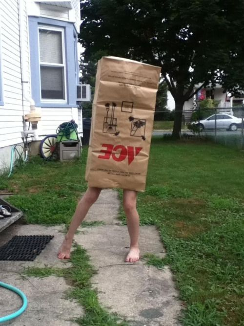 Pin By Jon Larsen On Funny Pulling Weeds Yard Work Best Funny Pictures