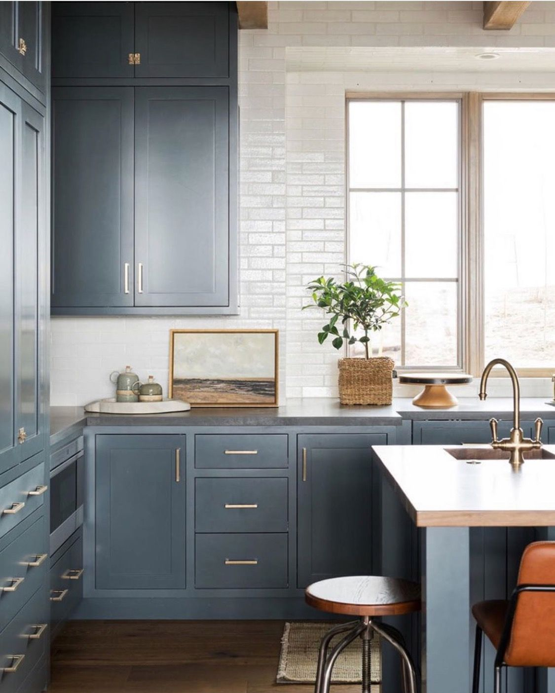 Pin By Kelsey Holohan On House Remodel Kitchen Counter Decor Kitchen Design Kitchen Remodel