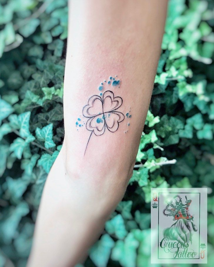 #tattoo #smalltattoo #tattoos #instatattoos #handtattoo #cloverleaftattoo #cloverleaf #cutetattoo #tattoolifestyle #tattoostyle