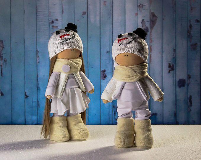 Explora los artículos únicos de OwlsUa en Etsy: el sitio global para comprar y vender mercancías hechas a mano, vintage y con creatividad.