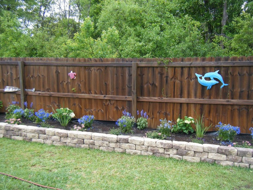 Cheap and Easy DIY How to Make Raised Garden Beds With Fence ...