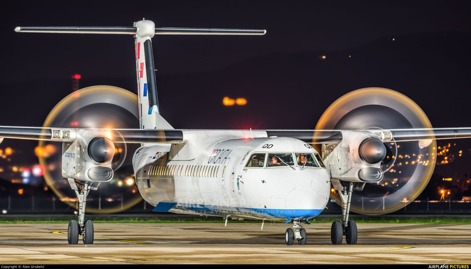 Croatia Airlines 9a Cqd Aircraft At Zagreb Photo Croatia Airlines Croatia Dhc