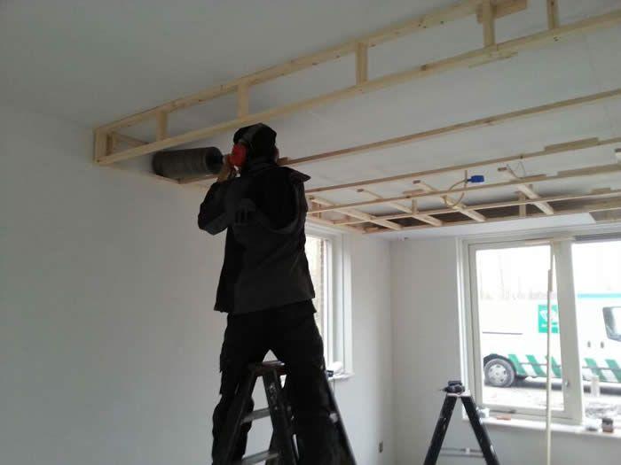 Boven De Keuken Komt Een Verlaagd Plafond Voor De