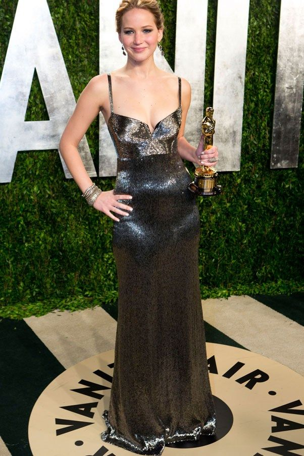 Best in Show   Jennifer lawrence style, Vanity fair oscar ...