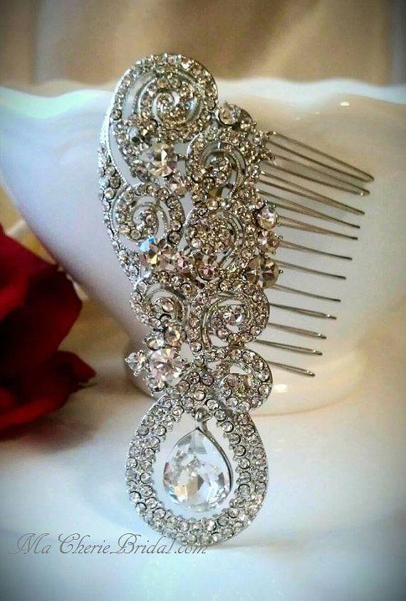 Unique vintage crystal hair comb