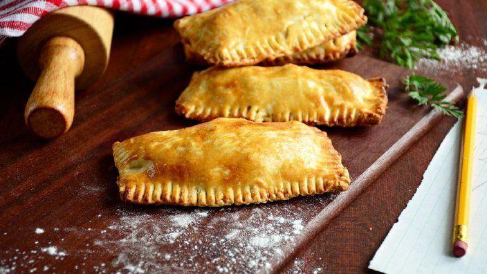 Studio 5 - Peppered Steak and Mushroom Meat Pies | Recipes ...