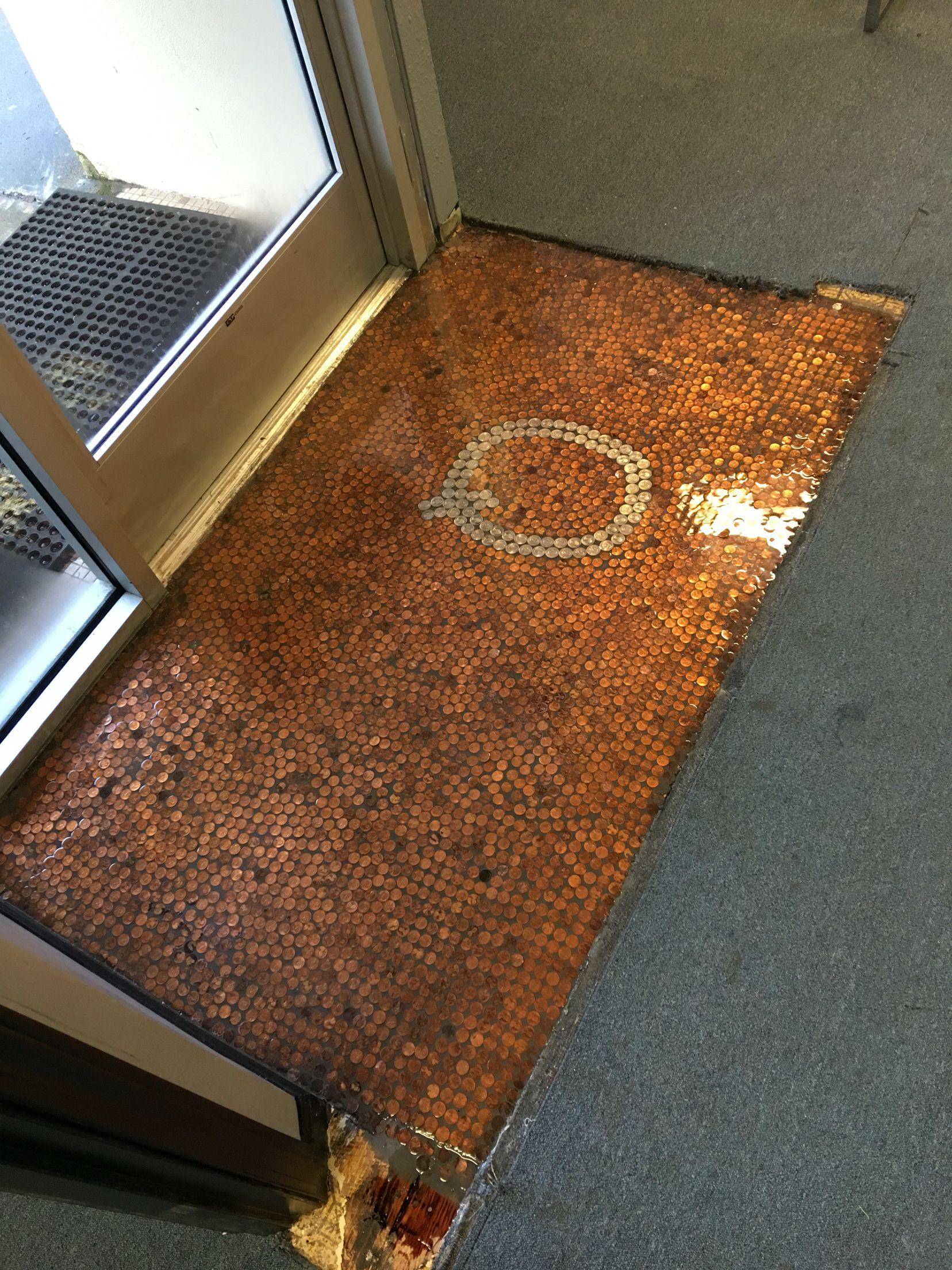 Penny floor Q