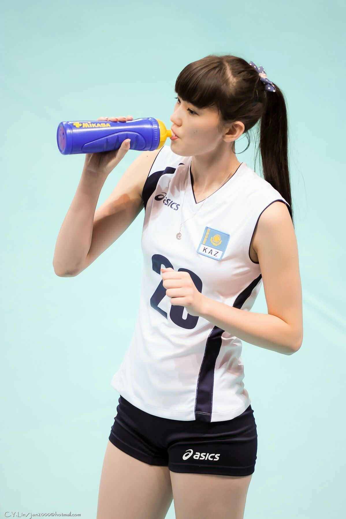 Kazakhstan Volleyball Player Sabina Asics In 2020 Volleyball Players Women Volleyball Beautiful Athletes
