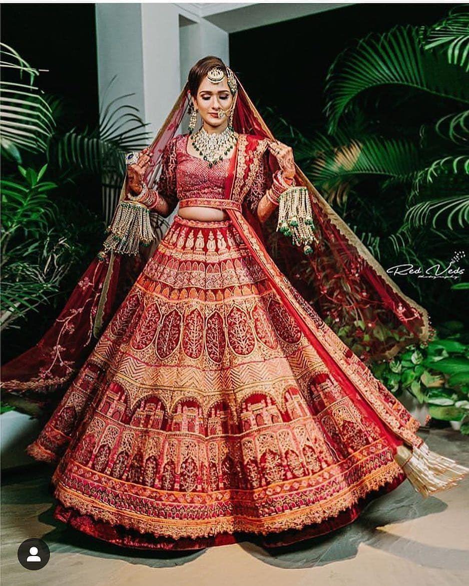 15 Swoon Worthy Bridal Lehenga Brands Under Budget 90k Eventila Wedding Lehenga Designs Indian Bridal Outfits Bridal Lehenga Red