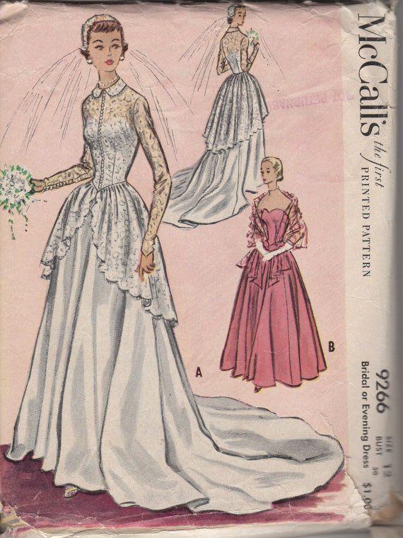Pin de Kitsch Squirrel en Designing my wedding dress   Pinterest   Años