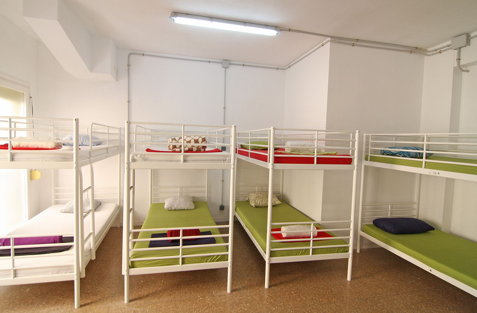 12 Bed Room Hostel Graciacityhostel Barcelona City Home