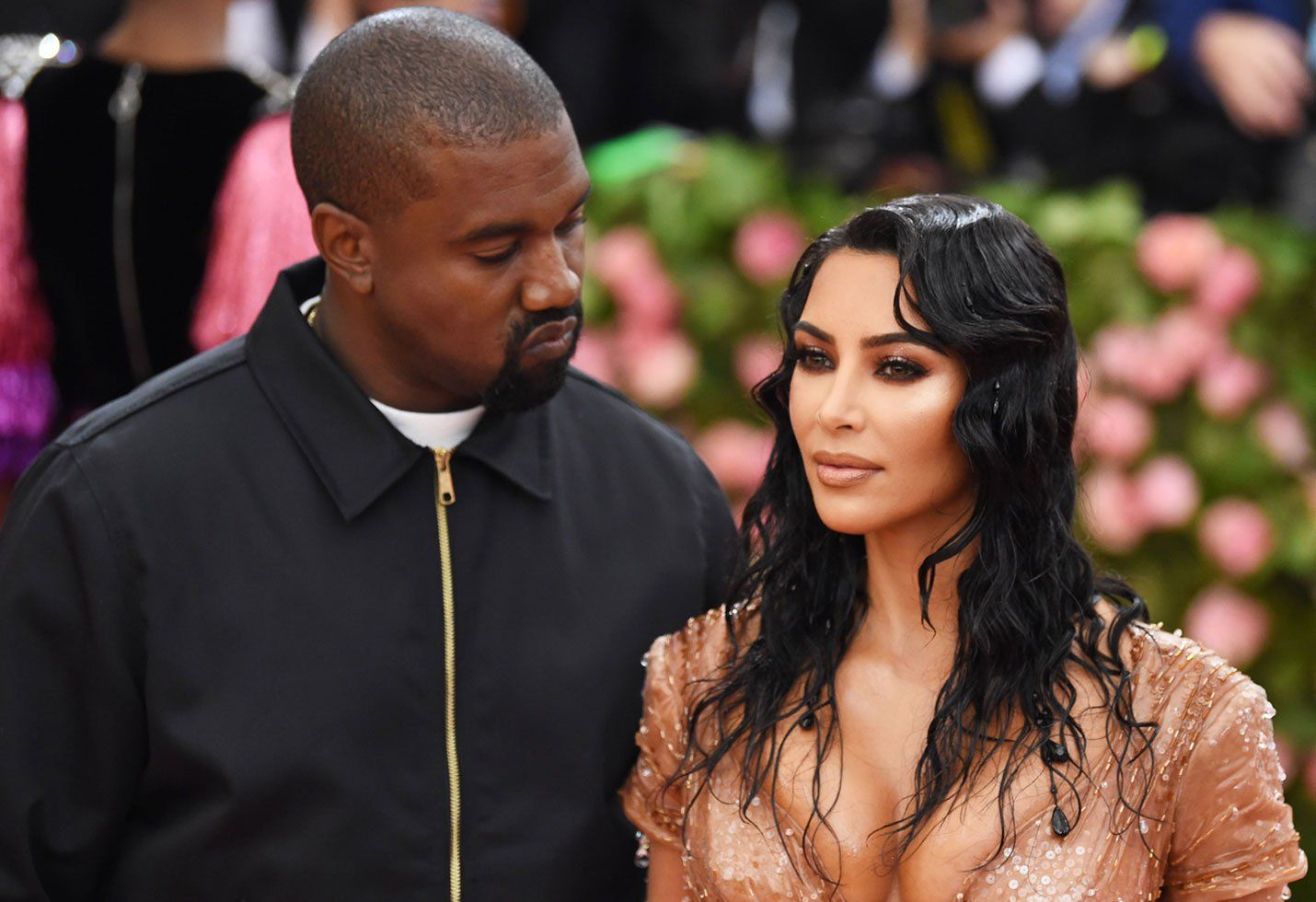 Kim Kardashian Has Fans In Awe After Posting Videos With Kanye West From The One Year Anniversary Of Sunday Service In 2020 Kim Kardashian Kardashian Kanye West