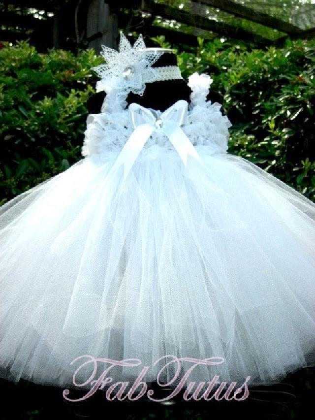 ダイヤモンドホワイトが美しい☆シフォンフリルと豪華なチュチュのドレス