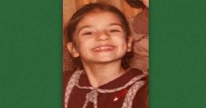 Την αναγνωρίζετε; Εμείς πάλι δυσκολευτήκαμε! Ποια ηθοποιός είναι το κοριτσάκι της φωτογραφίας;  > http://bit.ly/1O6x3cB