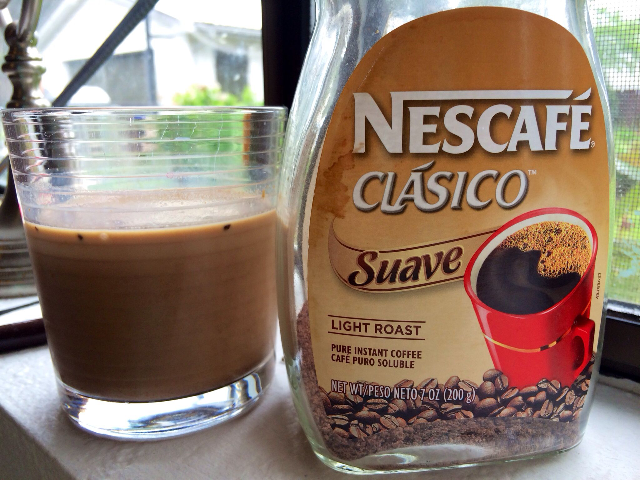 Quick and cheap iced mocha mix Combine instant coffee