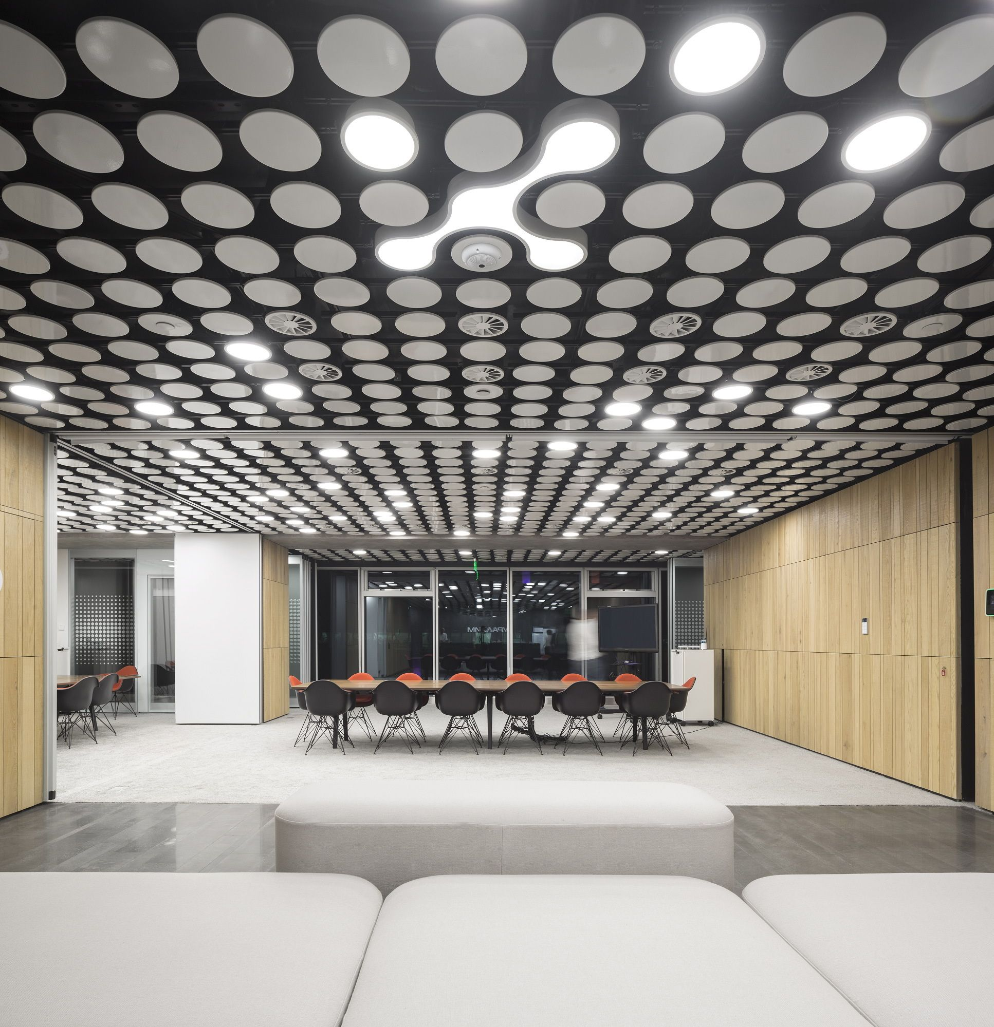 innovative office designs. Uralchem Headquarters / Pedra Silva Arquitectos · Innovative OfficeOffice Interior DesignOffice Office Designs