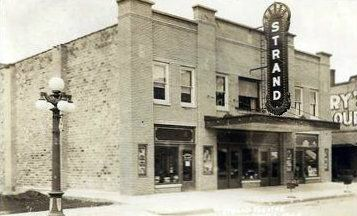 Strand Theater Lowell Mi I Have The 1940 S Manley Popcorn