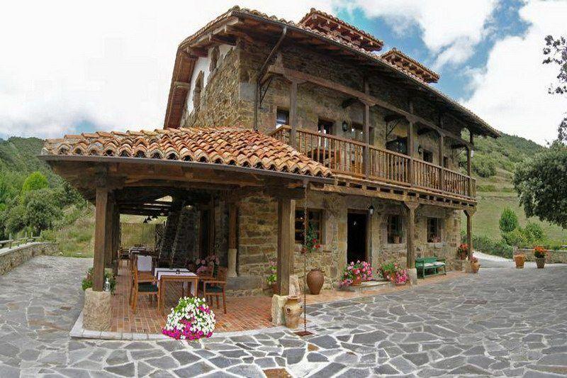 La Casa De Las Arcas Posadas Rurales En Vada Liébana Cantabria Arcas Casetones Rurales