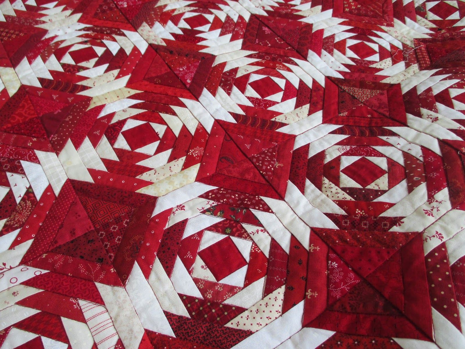 Sticking With That Autumn Theme Pineapple Quilt Pattern
