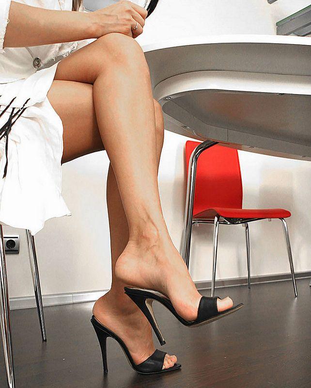 41278fb4ed2254 Flickr High Heel Boots