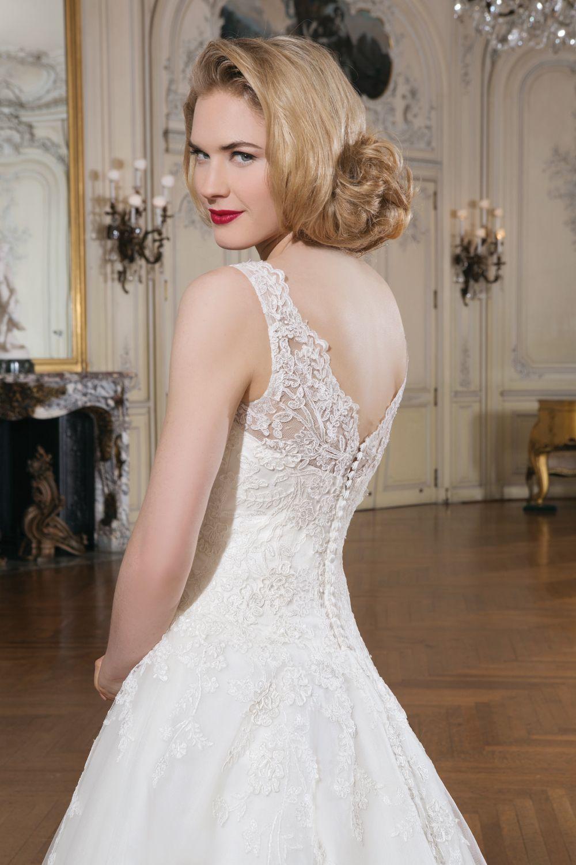 Justin alexander wedding dresses style sabrina sleeveless