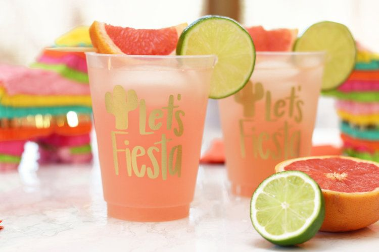 Pink Grapefruit Margarita Recipe #grapefruitcocktail