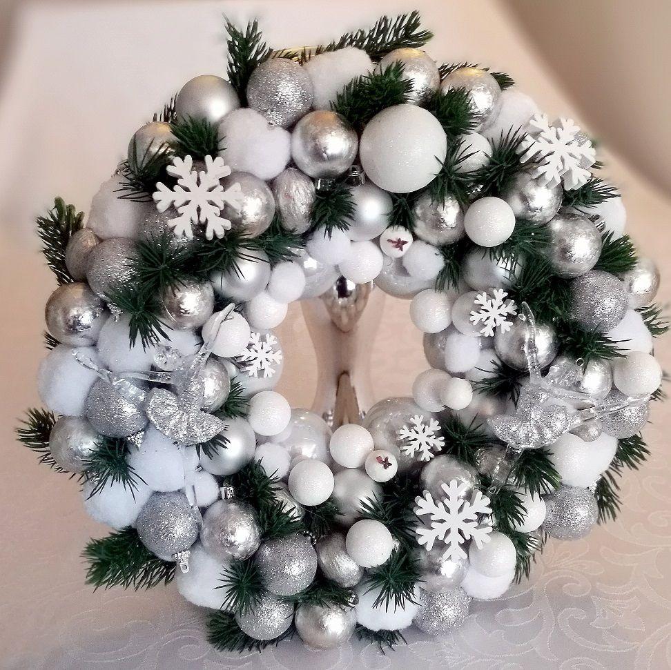 Christmas wreath Frosty night size M No. 52 – Christmas Ateli …