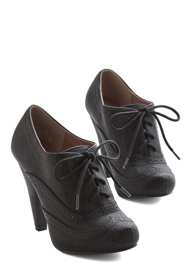 Flying First Sass Heel In Black Flying First Sass Heel In Black High Faux Leather Black Solid Party Zapatos Abotinados Mujer Zapatos De Tacones Zapatos