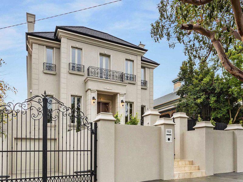 Kew, VIC  Sales Agents - David Carter and Maryam Badri  Rounds Real Estate  03 9809 1111 19/12/13