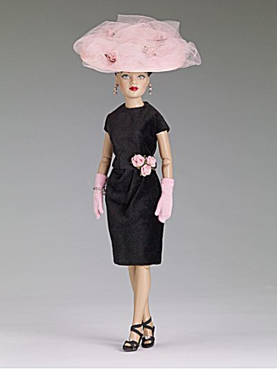 Tonner Garden Club Luncheon Tiny Kitty Collier Doll, 2013 is a dead ringer for the Matinee outfit worn by Vintage Cissy!